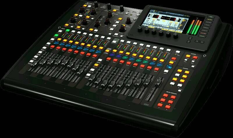 location table de mixage behringer x32 chez fmprestation location de mat riel de sonorisation. Black Bedroom Furniture Sets. Home Design Ideas